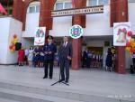 Коммунисты поздравили учителей и учеников школы №54 с последним звонком