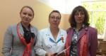 Алена Пастухова вручила памятную медаль «75 лет освобождения Крыма и Севастополя» врачу — пульмонологу