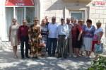 Коммунисты наградили ветеранов памятными медалями