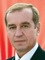 Около 700 подписей депутатов и глав муниципальных образований Иркутской области собрано в поддержку Сергея Левченко