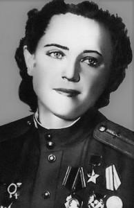 ZHigulenko_Evgeniya_Andreevna-komandir_zvena_zhenskogo_aviapolka_nochnyh_bombardirovshchikov-1-12-1920--27-02-1994