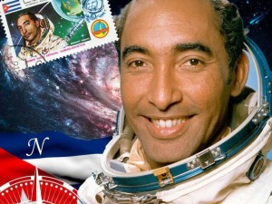 Astronautas-Astronautica-Astronomia-Cuba-Investigacion_255737319_51091031_854x640
