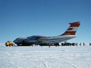 IL-76TD_Moskva-Antarktida-1986